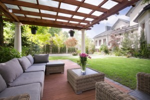 Lån penge til nye havemøbler